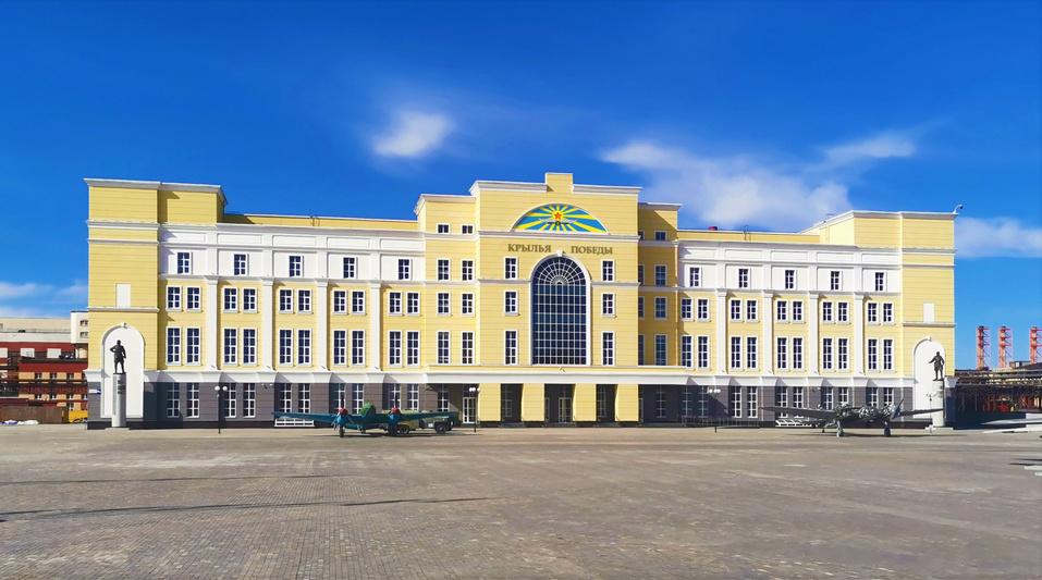 Один из крупнейших музеев авиации РФ открыла УГМК. Экспозиция заняла 9000 кв.м. 1
