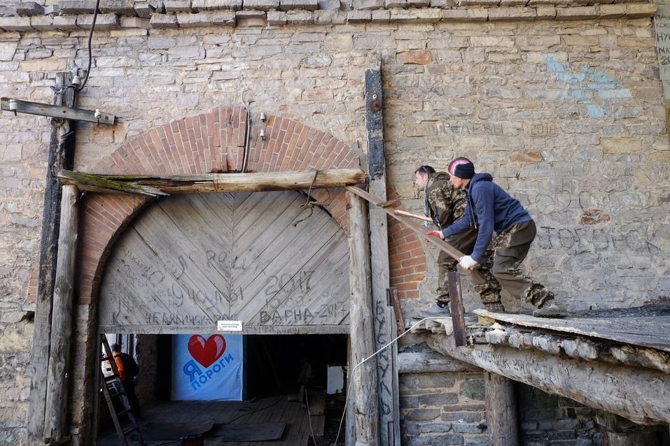 Борьба «Тома Сойера» с ветряными мельницами: опыт челябинских волонтеров-реставраторов 7