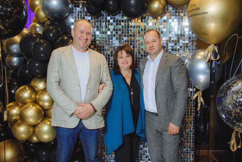 НБД-Банк поздравил клиентов с Днем российского предпринимательства 13