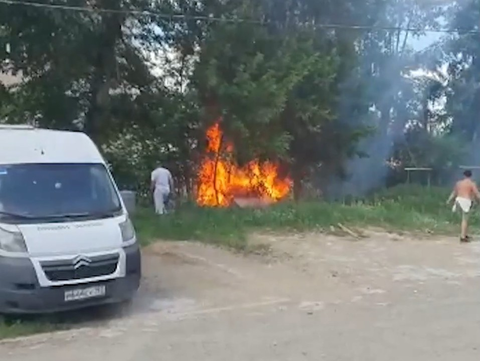 Пожар в Кольцово. Фото: E1