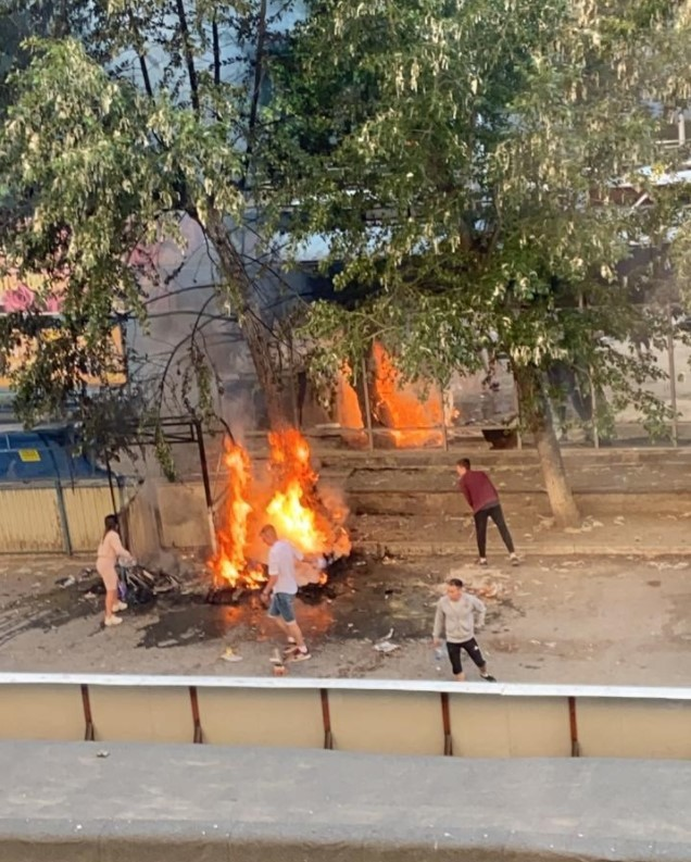 Пожар на Белинского. Фото: Е1