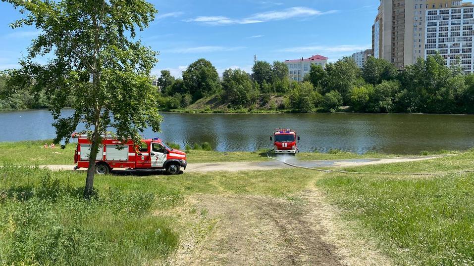 В Екатеринбурге прошла новая волна пожаров. Сгорел известный долгострой  1