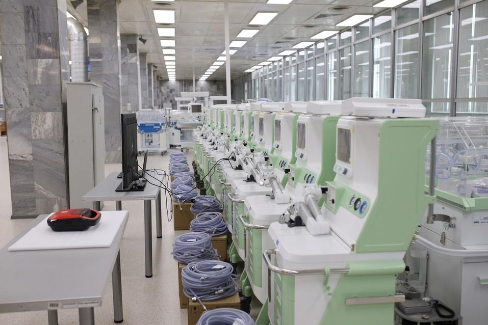 Уральский завод разработал дефибриллятор, который сможет использовать любой человек 7