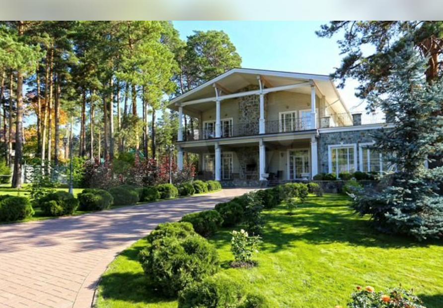 Что можно купить за границей вместо элитного загородного дома в Новосибирске 1