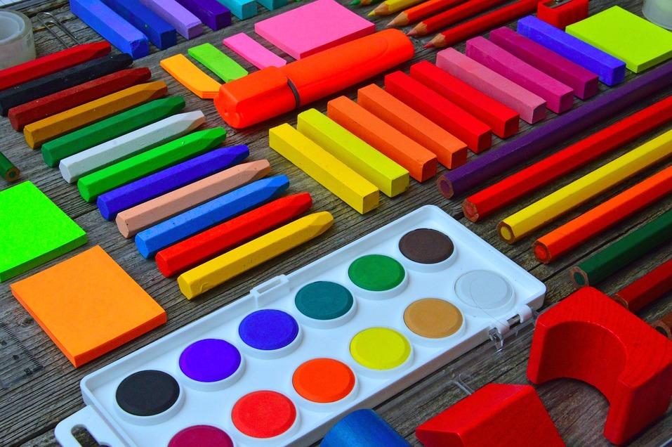 Краски, мелки, карандаши
