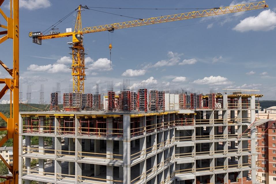 «Атлас» строит