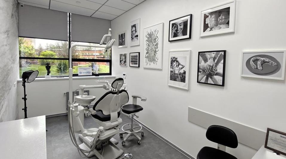 Ортодонтия будущего: как новосибирские врачи исправляют зубы невидимыми капами Invisalign 3