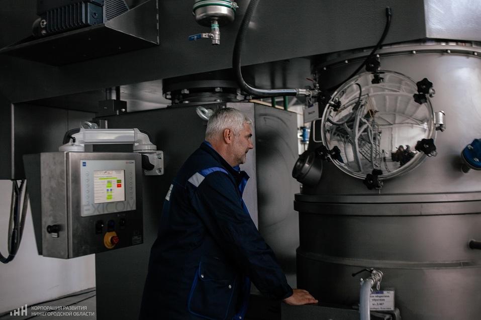 Второй резидент открыл производство в ОЭЗ «Кулибин». Что будет производить «Хома Адгезив»  7