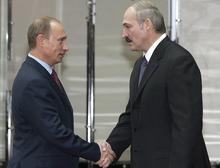 Владимир Путин присвоил Александру Лукашенко орден Александра Невского