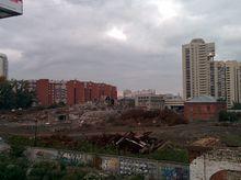 В центре Екатеринбурга снесли остатки мукомольного завода