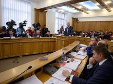Екатеринбургские депутаты объединились в межпартийную группу