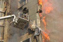 """""""ДК"""" выяснил, как пожар на Шахтеров может отразиться на строителях и рынке стройматериалов"""
