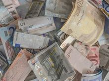 Доллар по 41 руб. заставил уральские компании ожидать корректировки рынков