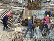 Строители начали готовить к застройке участок у Каменской магистрали