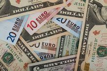 Казанские банки продают валюту по высоким ценам