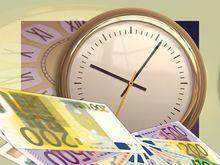 Курсы евро и доллара скорректировались после понижения S&P рейтинга России