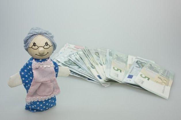 «Больше заработок — меньше пенсия»: в Екатеринбурге не оценили инициативу Минтруда