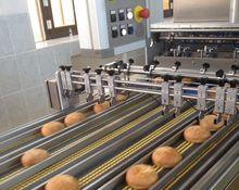 «СМАК» отправляет в магазины тонны французских булок