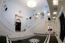 Красноярский театр Пушкина заказал фотосессию сотрудникам за полмиллиона рублей