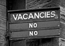 Число вакансий в Новосибирске сократилось почти на четверть