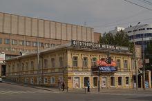 Дом Метенкова закрыли перед фотовыставкой о союзниках СССР во время второй мировой