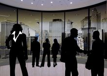 Челябинские компании не стремятся принимать новых сотрудников