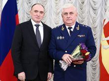 Перед своей отставкой главный прокурор Челябинской области заработал 3,4 млн рублей