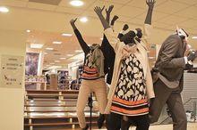 Одежные ритейлеры объявили сезон распродаж в Красноярске
