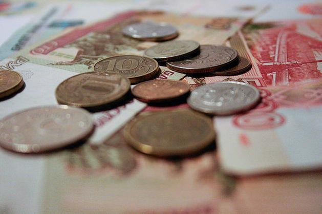 Слабый рубль и низкие зарплаты сделали Россию более конкурентоспособной