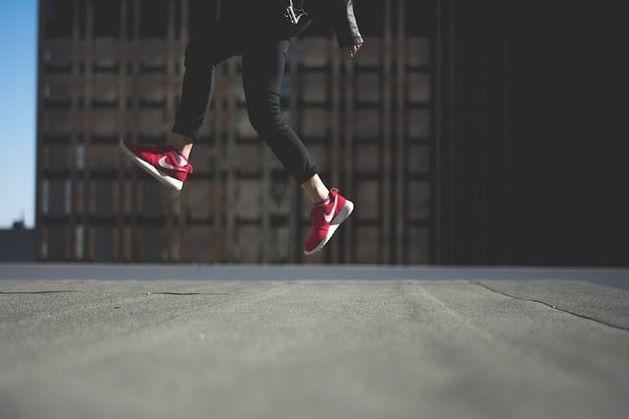 Милонов требует запретить ЛГБТ-коллекцию от Nike