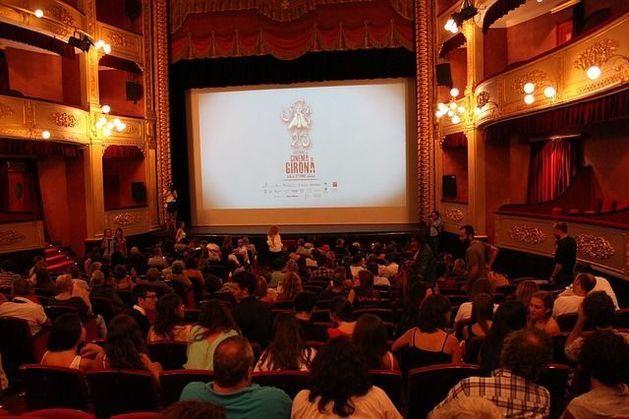 В России хотят создать сеть бюджетных кинотеатров для российского кино
