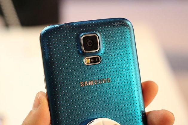 МТС будет возвращать деньги клиентам за покупку смартфонов Samsung