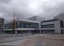 Труппе екатеринбургского ТЮЗа представили нового главного режиссера