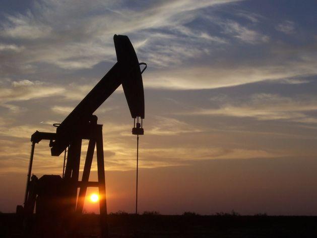 Нефть может побить рекорд самого долгого падения с 1986 года