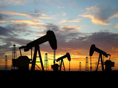 Аналитики назвали условия сокращения добычи нефти в мире