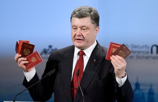 Порошенко пригрозил России новыми санкциями в случае признания выборов в Новороссии