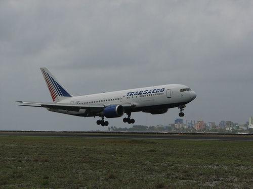 «Трансаэро» отменило 55 рейсов на 12 октября
