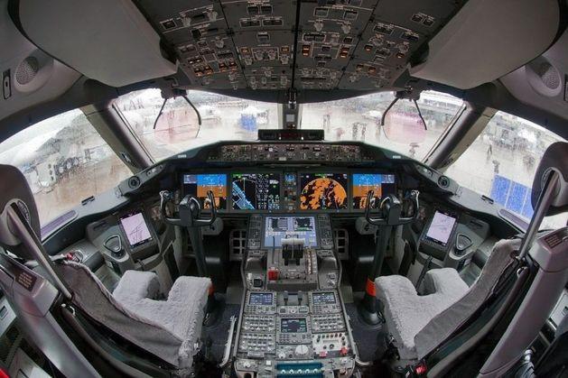 Два отчета о крушении Boeing: чем отличаются версии России и Нидерландов