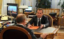 США отказались разговаривать с Медведевым о Сирии