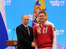 Николай Олюнин открыл после реконструкции бар «Серебро» в Красноярске