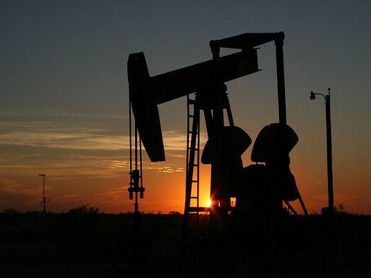 Мировые цены на нефть упали до минимума с августа