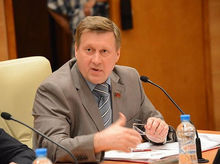 Журналист Пятого канала обвинил мэра Новосибирска в незаконной продаже земли