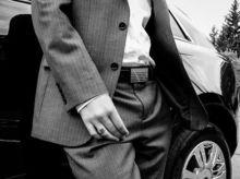 «Синий - для общения, серый – чтобы играть по правилам». О чем говорит цвет костюма?