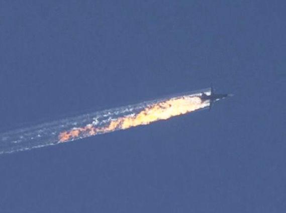 На границе с Турцией сбит российский истребитель Су-24