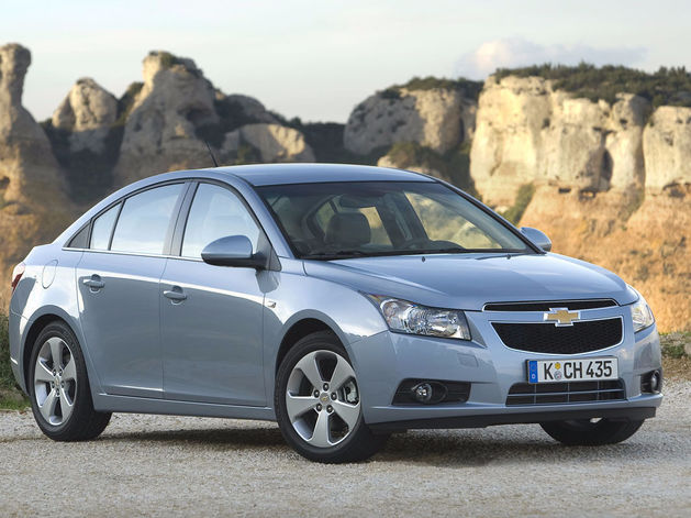 В России распродают последние автомобили Opel и Chevrolet с большими скидками