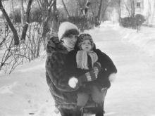 Известные люди Челябинска рассказали о своих мамах в канун Дня матери