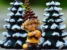 В Красноярске определены места торговли новогодними сувенирами и елками (СПИСОК)