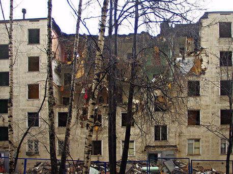 В Екатеринбурге снесут еще семь аварийных домов
