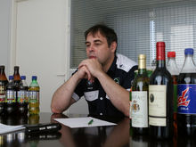 Ритейлеры Екатеринбурга остались без дешевой питьевой воды из-за банкротства производителя