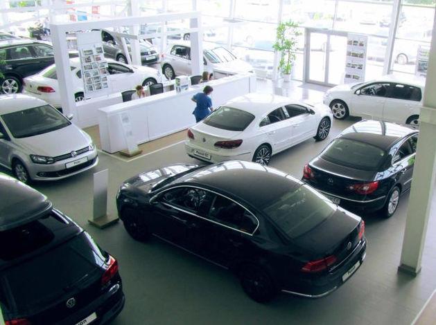 Автопроизводители хотят поднять цены после Нового года